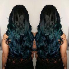 Black and green hair 😍 Dark Teal Hair, Teal Ombre Hair, Deep Teal, Cool Hair Color, Pretty Hairstyles, Wedding Hairstyles, Updo Hairstyle, Short Hairstyles, Love Hair