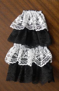 How to Make a Steampunk Victorian Jabot or Neckerchief Diy Goth Clothes, Diy Clothing, Vintage Clothing, Steampunk Diy, Steampunk Costume, Diy Lace Jabot, Fashion Tips For Women, Diy Fashion, Lolita Fashion