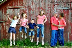 Kari Bruck Photography family session Families Inspiration Photo Shoot Session Ideas Children Kids Pictures Jumping