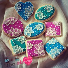Vintage Brush Embroidery Cookies - Lil Mrs Cake Heart