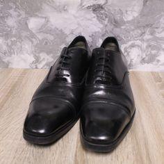 Men's TOM FORD Black Leather Formal Dress Derby Shoes UK10 EU43 - S07 · $72.01 Loafer Shoes, Loafers, Tom Ford Shoes, Brown Brogues, Men's Toms, Shoe Deals, Derby Shoes, Formal Dress, Grid