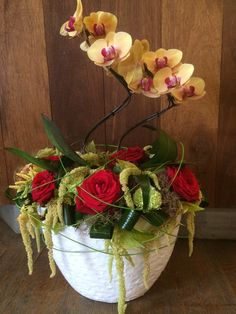 Arrangement with orchids - by  Moens Flowers