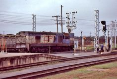 Today's historic pic: Queensland Railways locomotive 1453 at the head of a livestock train at Rockhampton, Qld, July 17 1986.