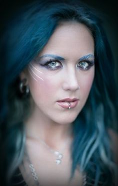 Alissa White-Gluz (Arch Enemy) (The Agonist) Chica Heavy Metal, Heavy Metal Girl, Heavy Metal Bands, The Agonist, Ladies Of Metal, Alissa White, Symphonic Metal, Extreme Metal, Arch Enemy
