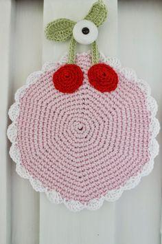 En kreativ verden: Love this Summer Potholder pattern. Free pattern in Danish.