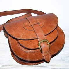 Caramel Leather Purse, Cross body Bag, Messenger Goldmann Small. $119.00, via Etsy.
