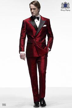 Traje de novio italiano esmoquin a medida rojo cruzado en tejido shantung mixto seda con solapa raso negro, modelo 986 Ottavio Nuccio Gala colección Black Tie 2015.