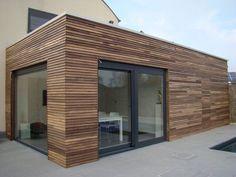 Amazing Minimalist Living Room Design Ideas To Try - Platform. Cedar Cladding, House Cladding, Exterior Cladding, House Siding, Facade House, House Facades, Bungalow Extensions, House Extensions, Wood Facade