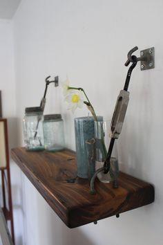 Reclaimed Wood Turnbuckle Wall Shelf от AlexsWoodWorks на Etsy