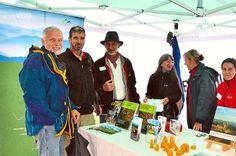 Trotz des Regens hatten die Besucher ihren Spaß beim  Grindenfest.  Fotos: Schwark Foto: Schwarzwälder-Bote