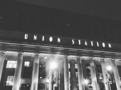 Planes trains and automobiles  #unionstation#Chicago#travel#neverstopexploring#theculturetrip#seetheworld#folktravel#wanderlust#natgeotravelstories#culturetrippers#planetearth#earthpic#52places#makemoments#igers#instagrammers#dailyinsta#dailyinspiration#photography#photooftheday#dailyig#wolderlust#bestcommunitytravel