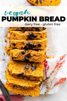 A slice of vegan pumpkin bread studded with dark chocolate chips makes for a delicious and healthy fall snack or dessert. This quick bread recipe is also gluten free, and it's SO easy to make. What's even better is that it's allergy-friendly, but no one will believe that it is, because it tastes just like the real deal! #vegan #dairyfree #glutenfree Quick Bread Recipes, Baking Recipes, Dessert Recipes, Desserts, Gluten Free Sweets, Gluten Free Baking, Vegan Pumpkin Bread, Fall Snacks, Dark Chocolate Chips
