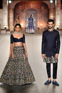 Check out the collection by Shyamal and Bhumika showcased at the India Couture Week 2019 Wedding Dresses Men Indian, Wedding Dress Men, Indian Bridal Outfits, Indian Designer Outfits, Indian Dresses, India Fashion Men, Indian Fashion Trends, Indian Groom Wear, Indian Attire