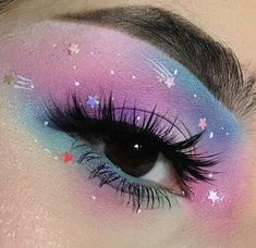 Amazing 40 Fancy Makeup Tips Ideas To Look Cute Any Event Loading. Amazing 40 Fancy Makeup Tips Ideas To Look Cute Any Event Fancy Makeup, Creative Makeup Looks, Cute Makeup, Pretty Makeup, Weird Makeup, Makeup For Small Eyes, Amazing Makeup, Makeup Stuff, Perfect Makeup