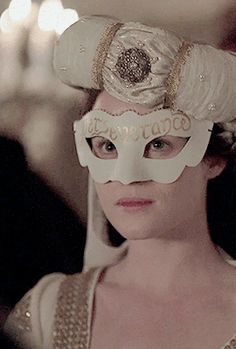 a queen of england will be burnt Anne Boleyn Tudors, Wolf Hall, Tudor Fashion, Queen Of England, Fashion History, Claire, Renaissance, My Girl, Queens