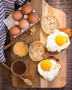 Up your weekend brunch game with this crispy fried Chicken and Egg Sandwich smothered with Hot Honey Butter and a drizzled with more honey! For a sweet and savory breakfast sandwich! Egg Sandwiches, Sandwich Recipes, Egg Recipes, Brunch Recipes, Breakfast Recipes, Breakfast Sandwiches, Turkey Recipes, What's For Breakfast, Savory Breakfast