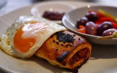 The 10 Hottest Brunches in London features a lovely Israeli food spot, Honey & Co.!
