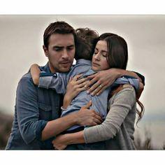 Tv Couples, Black Sea, My Life, Actors, Couple Photos, Celebrities, Style Fashion, Turkish People, Couple Shots