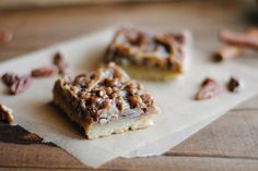Sticky Cinnamon Pecan Bars, reminds me of the ones at Corner Bakery that are my favorite!