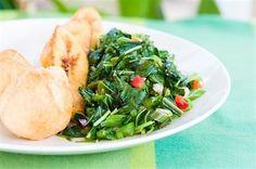 Гарнир из шпината В этот гарнир можно добавить слегка обжаренные на растительном масле красные болгарские перцы. Рецепты Индийской Еды, Вегетарианские Рецепты, Карибские Рецепты, Питание На Острове, Зелень