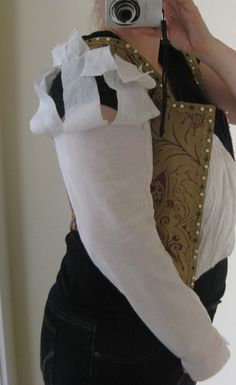 Instructions on making those sleeves I so coveted! The Italian Showcase - Kendra at the Realm of Venus