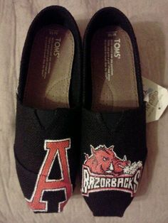 Arkansas Razorback hand painted TOMS by MyHeartToYourSole on Etsy, $95.00