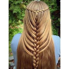 Watterfall Mermaid Braided Hairstyles for Long Hair ❤ liked on Polyvore featuring beauty products, haircare, hair styling tools, hair, hairstyles and hair styles