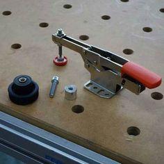 BESSEY STC-Accessoire voor Festool MFT + werkbanken met 20 mm gaten ACTIE. Onmisbare gereedschap accessoire. Gereedschappro.nl
