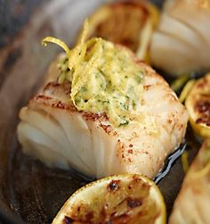 Smażony dorsz z czosnkowo-cytrynowym masłem #lidl #przepis #ryba #dorsz