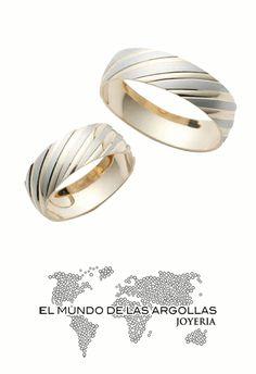 Modelo - A-A03326H   Argolla oro amarillo 14k hueco platinado con lineas en diagonal, mate y pulida 6mm   #ArgollasdeMatrimonio