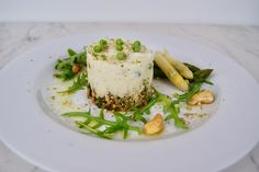 Cheesecake aux asperges blanches Risotto, Cheesecake, Vegan, Ethnic Recipes, Food, Frozen Peas, Sunflower Seeds, Seasonal Recipe, Asparagus
