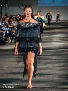 Maori and Pacifika Korowai for sale Maori Designs, Polynesian Designs, Traditional Fashion, Traditional Outfits, Modern Traditional, Maori Tribe, Hybrid Moments, Maori Patterns, Flax Flowers