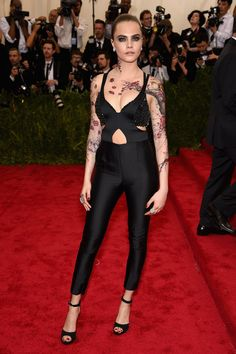 Cara Delevingne | Here's What The Stars Wore To The 2015 Met Gala