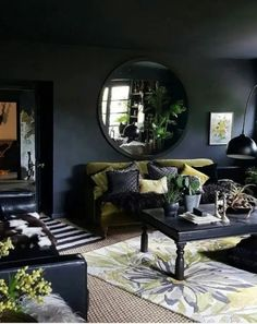 Dark Bohemian Goth living room with dark walls and ceiling, green velvet sofa and - pinentry.p style ! Dark Bohemian Goth living room with dark walls and ceiling, green velvet sofa and - pinentry. Dark Living Rooms, Green Wall Decor, Living Room Green, Modern Room, Living Room Paint, Dream Living Rooms, Bedroom Design, Trendy Living Rooms, Rugs In Living Room