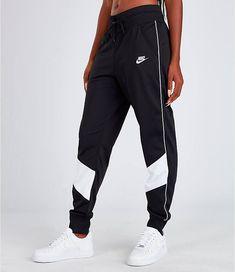 Women's Nike Sportswear Heritage Track Pants - - Nike Women's Sportswear Heritage Track Pants Source by ShopStyle Nike Sportswear, Cute Lazy Outfits, Trendy Outfits, Fashion Outfits, Womens Fashion, Sporty Outfits Nike, Sporty Fashion, Gym Outfits, Mod Fashion