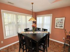 5006 Long Pointe Rd Wilmington NC 28409 Tastefully Painted Breakfast Nook with lots of natural light