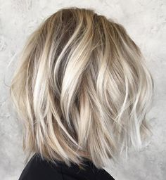 60 Messy Bob Hairstyles for Your Trendy Casual Looks - Haarschnitt Mittellang Curled Bob Hairstyle, Bob Hairstyles For Fine Hair, Medium Bob Hairstyles, Messy Hairstyles, Layered Hairstyles, Casual Hairstyles, Blonde Long Bob Hairstyles, Short Haircuts, Wedding Hairstyles