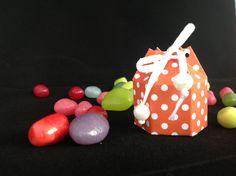 Mini hexagon box, using Stampin'Up! Brights DSP Stack, Colour: Tangerine Tango.