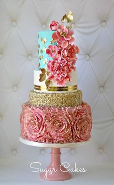 Opulent Pink and gold floral wedding cake | The 25 Prettiest Floral Wedding Cakes You've Ever Seen | #weddinginspiration