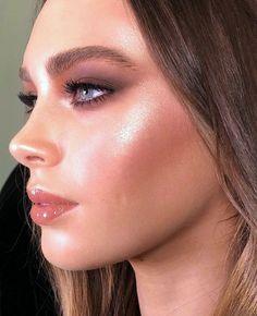 Brown, gold, make up