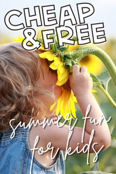 Over 80 different summer activities for kids that are eather cheap or free to do. So much fun! #summer #activitiesforkids #cheap #free