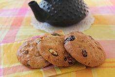 Granola cookies... a complet breakfast!!! Galetes de Muesli... esmorzar complet!  http://pastissetcake.blogspot.com.es/2012/09/granola-cookies-complet-breakfast.html