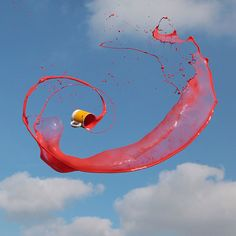 High Speed Photographs of Liquids Tossed in Mid-Air by Manon Wethly