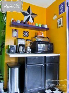 our breakfast station in the kitchen {via turnrightatlakemichigan.blogspot.com}