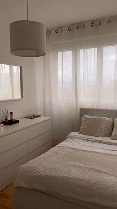 Bedroom Decor For Small Rooms, Room Design Bedroom, Teen Room Decor, Room Ideas Bedroom, Home Room Design, Home Decor Bedroom, Dream Bedroom, Pinterest Room Decor, Minimalist Room