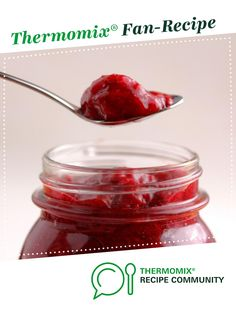 Recipe LCHF Friendly Strawberry Chia Jam by manalis, learn to make this recipe easily in your kitchen machine and discover other Thermomix recipes in Sauces, dips & spreads. Lchf, Keto, Strawberry Chia Jam, Dessert Drinks, Desserts, Recipe Community, Spreads, Sauces, Thermomix