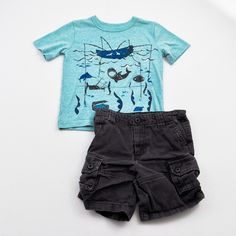 Under the Sea // Boys 2T Shirt and Shorts- Baby Gap with Cherokee- Click to see the whole 12 piece lot!