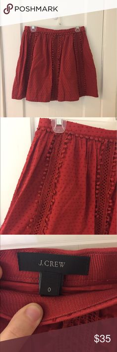 J crew Full A-line J crew skirt with fun detail! Color is a burnt orange/red. The style is meant to hit at the hips. Perfect for the office or for a summer/fall wedding, pick your pleasure! 😊 size 0 great condition!! Nothing wrong with it. J. Crew Skirts A-Line or Full