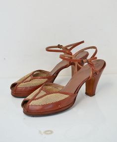 ed0451becff066 1940s Shoes   40s Peep Toe Heels   Brown Leather and Mesh