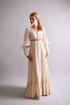 1970s gunne sax dress / 70s ivory quilted wedding dress / Woodland Wedding / by coralvintage on Etsy, $160.00